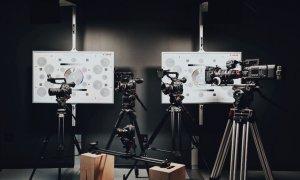 Românii care te ajută să-ți prezinți compania în videoclipuri live