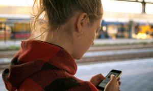 Ce-i sperie pe români în online. Cum să-ți salvezi datele și banii