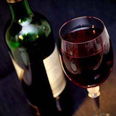 Cele mai bune vinuri românești cu care să-ți impresionezi partenerii