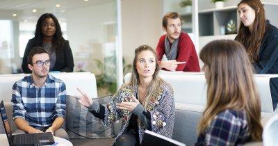 Companiile trebuie să încurajeze colaborarea între angajați și roboți