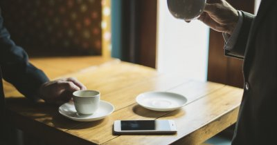 Întrebări pe care trebuie să le pui viitorului partener de afaceri