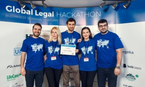 """""""Avocatul digital"""" util turiștilor, câștigătorul unui hackathon juridic"""