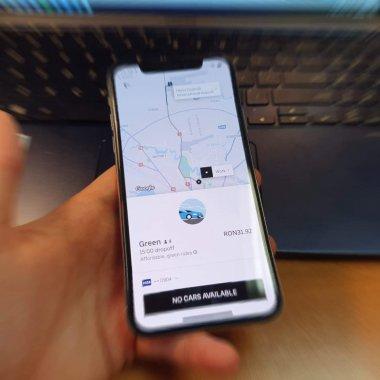 Uber Green la un an. 72.000 de persoane au folosit mașinile electrice
