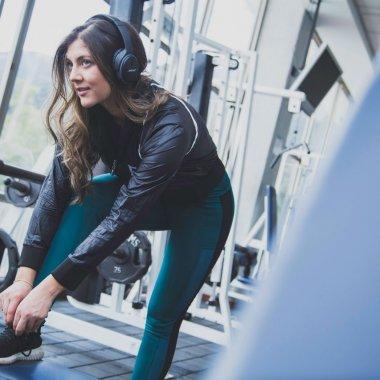 Căști pentru alergare să te țină în priză în timpul antrenamentului