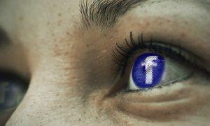 Facebook a picat în România 5 minute și oamenii s-au panicat