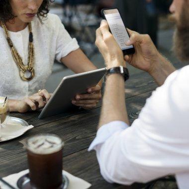 Cele mai avantajoase oferte la abonament: Orange, Telekom și Vodafone