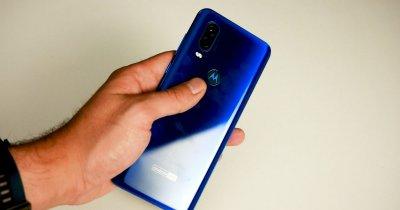 Review Motorola One Vision: un smartphone pentru tineri cu buget redus