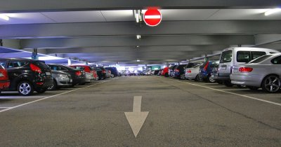Startup-ul Parking Spotter începe să lucreze cu un hipermarket local