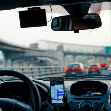 Legea Uber/Bolt: activitatea de ridesharing intră în dezbatere publică