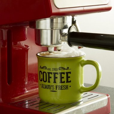 Espressoare și cafetiere la prețuri mici pentru productivitate mare