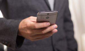 Ultima zi de reduceri: telefoane ieftine, sub 1.000 de lei