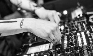 Startupul românesc care face live-uri de la festivaluri