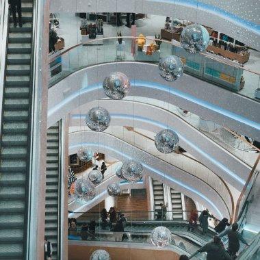 Cum digitalul și noul val de cumpărători influențează achizițiile B2B