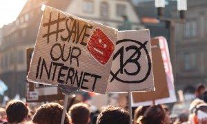 Cine ar trebui să modereze Internetul?