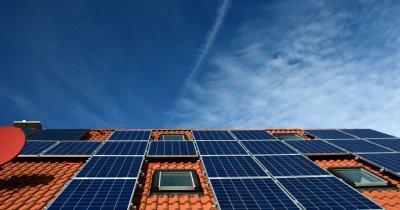 """Programul """"Casa Verde"""" 2019: panouri solare cu ajutor de la stat"""