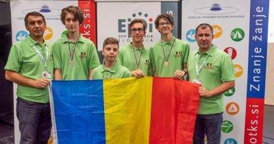 Elevii români au obținut patru medalii la Olimpiada de Informatică