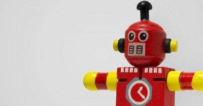 Robotul de la capătul firului: noua tendință pe piața soluțiilor de HR
