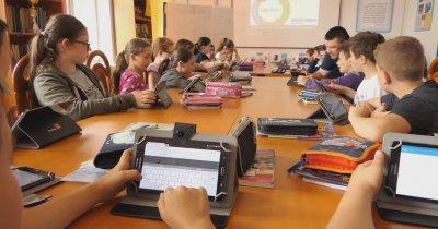 Fundația Orange anunță că programul Digitaliada a ajuns la 50 de școli