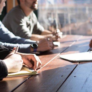 Tool-uri care ușurează viața business-urilor de toate mărimile
