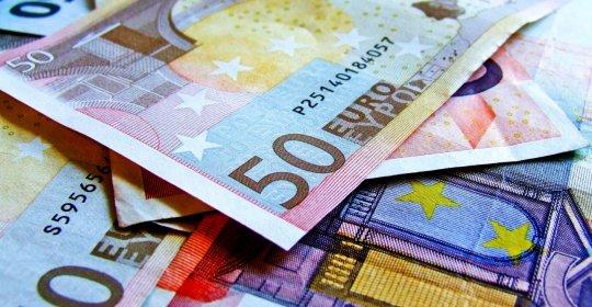expertiza de investiții în valută