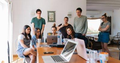 Mai multe șanse de angajare pentru tineri decât anul trecut