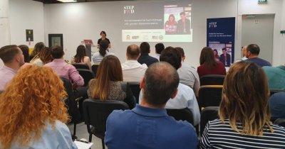 11 startup-uri au intrat în programul de pre-accelerare StepFWD