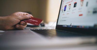 Cât cheltuie românii online pe vacanțe și gadgeturi