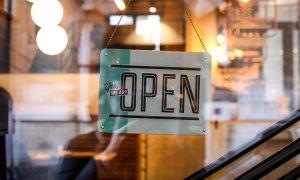 Încasările de Black Friday cresc atracția pentru business de comerț