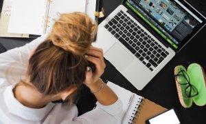 2019, un an stresant și obositor pentru 50% dintre angajații români