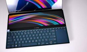 Review ASUS ZenBook Duo cu procesor Intel de a 10-a generație
