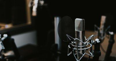 Podcast-uri de business care promit să te inspire în 2020