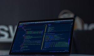 Joburi în IT: de ce să lucrezi în industrie și care sunt salariile