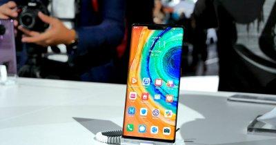 """""""Revelionul"""" programatorilor: Huawei, primele 26 mil. $ pentru apps"""
