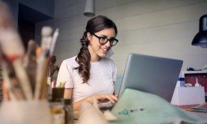 Tehnologii care te ajută să lucrezi mai eficient de acasă