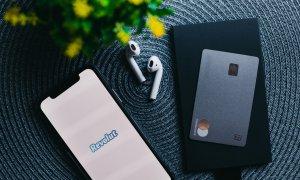 Revolut: utilizatorii Premium și Standard pot investi în acțiuni