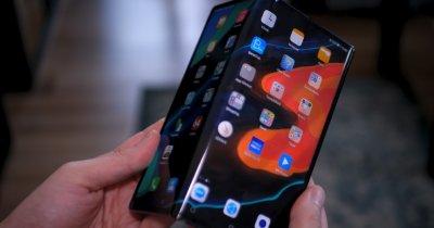 REVIEW Huawei Mate XS, probabil cel mai reușit telefon pliabil