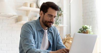Cursuri de programare: Codecool te pregătește să fii Junior Front-End Developer