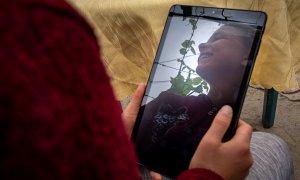 300.000 de elevi nu au acces la educație online. Crowdfunding pentru tablete