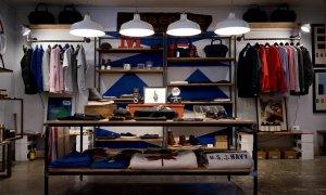 Impactul COVID în retail: scădere a pieței de fashion, creștere a online-ului
