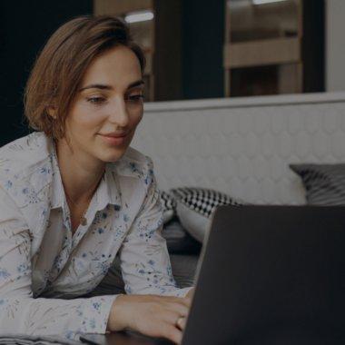 Webinion e platforma românească prin care faci un site bun în 30 de minute