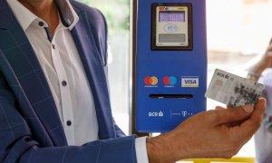 Plata contactless în mijloacele de transport în comun din Craiova, mulțumită BCR