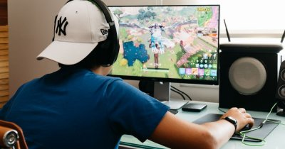 Școala de vară online pentru copiii care vor să-nvețe programare