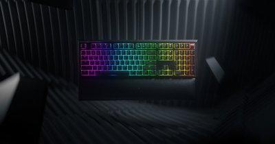 Razer lansează Ornata V2, o tastatură cu switch-uri hibride