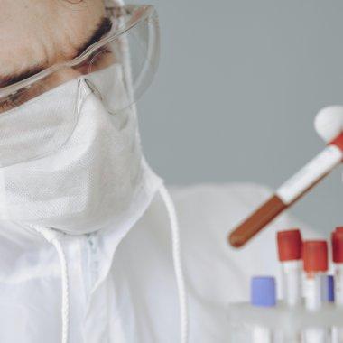Coronavirus | Cercetătorii au acces gratuit la o bancă de substanțe și un supercomputer