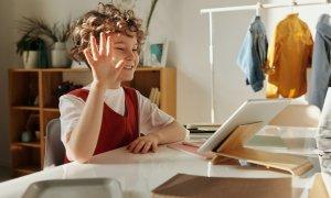 87% dintre profesori vor să folosească tehnologia mai mult decât înainte de pandemie