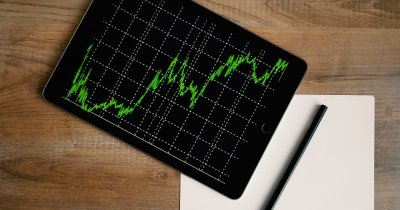 Unealtă automată ca să monitorizezi prețurile concurenței în comerțul online