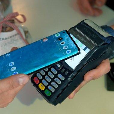 Review NFC Motorola edge+: Funcția comună care îți simplifică considerabil viața