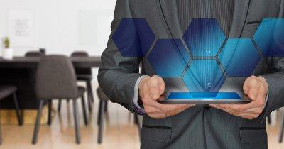 Unicredit: Granturi de 30.000 € pentru transformarea digitală a afacerilor mici