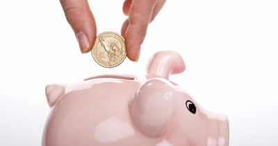 "Cheltuieli în pandemie: angajații, cu banii ""la ciorap"""