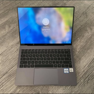 REVIEW Huawei Matebook X Pro 2020 - performant, transportabil, fierbinte